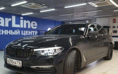 BMW 5 серии — тонировка по кругу 50%,  оклейка ноздрей пленкой чёрный глянец