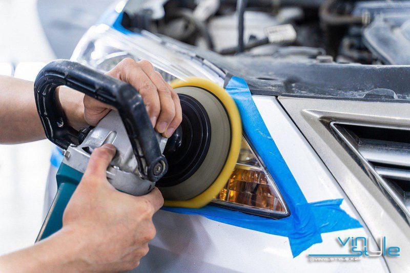 Nissan Sentra — полировка фар, бронирование оптики защитной пленкой Hexis Bodyfence