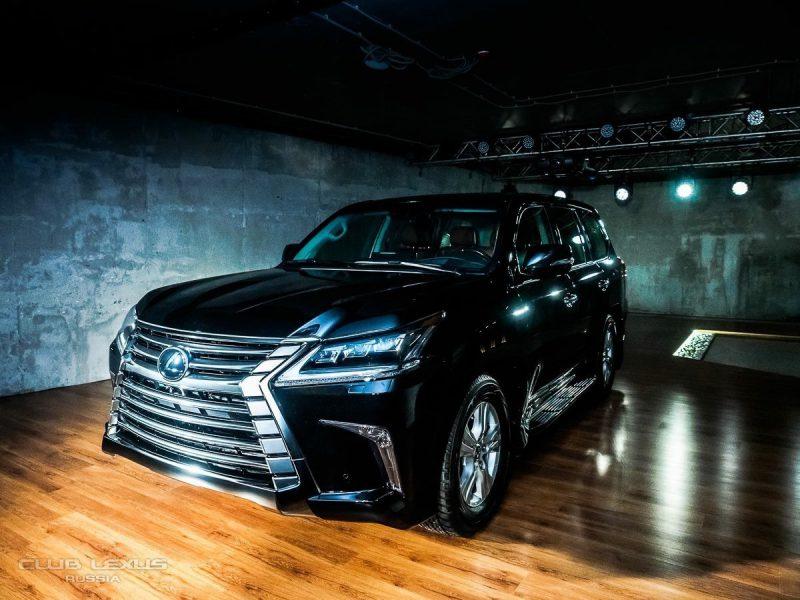 Lexus LX — установка откидной рамки