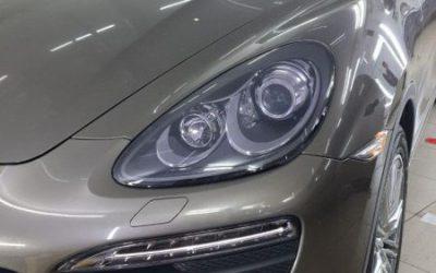 Porsche Cayenne S — бронирование передних и задних фонарей полиуретановой пленкой Stek с эффектом затемнения