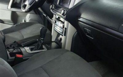 Toyota Land Cruiser Prado — полная химчистка салона автомобиля