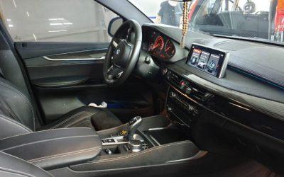 BMW X6 — тонировка боковых стекол пленкой SunTek