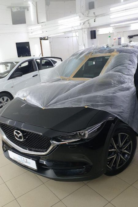 Полировка лобового стекла автомобиля Mazda CX5
