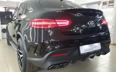 Mercedes-Benz GLE Coupe — установили пороги и нижний диффузор от AMG, сделали антихром и установили защитную сетку в бампер