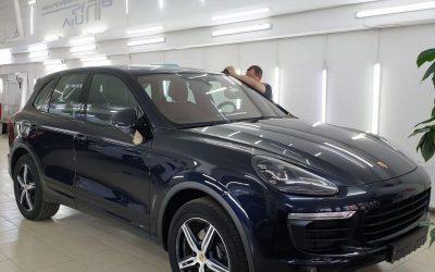 Полировка кузова и лобового стекла автомобиля Porsche Cayenne в Казани