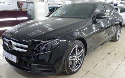 Mercedes Е200 — антихром, бронирование оптики и тонировка стекол