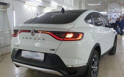 Renault Arkana — оклейка крыши чёрной глянцевой плёнкой, тонировка стекол пленкой UltraVision