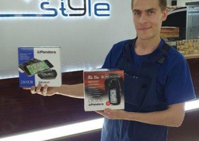 Установка автосигнализации Pandora DX50S и DX90B по акции в Казани