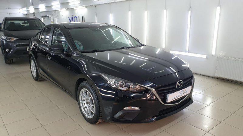 Mazda 3 — сделали лёгкую полировку кузова и притемнили заднюю оптику