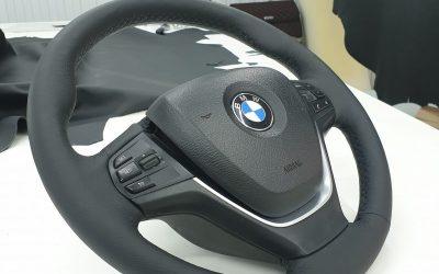 BMW X3 — перетяжка руля авто, полировка и бронирование фар полиуретаном, тонировка стекол