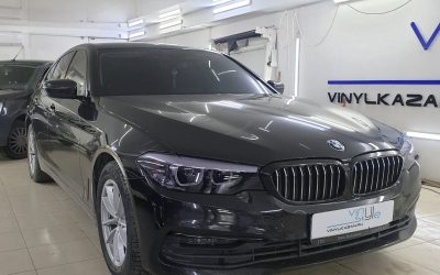 BMW 5 series — полный антихром, затонировали фары, тонировка стекол пленкой Llumar