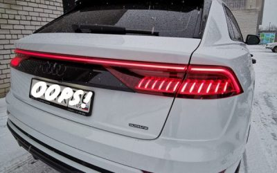 Audi Q8 — покраска деталей экстерьера, покраска суппортов, бронирование фар, замена ремней безопасности, шумоизоляция арок