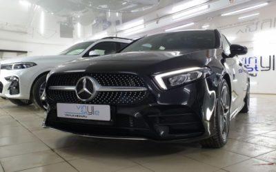 Комплексное бронирование кузова автомобиля и тонировка стекол пленкой Llumar — Mercedes A200