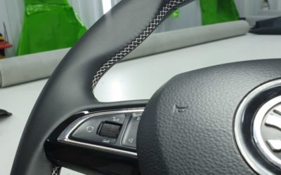 Перетяжка руля автомобиля Skoda Yeti в натуральную кожу