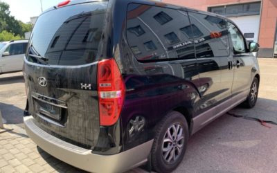 Hyundai H1 — тонировка задней полусферы плёнкой Ультравижен 95%