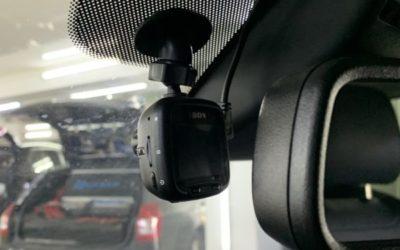 Mazda CX-5 — установка видеорегистратора на автомобиль