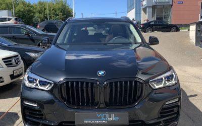 BMW X5 — бронирование кузова пленкой Дельтаскин Молекула, антихром, тонировка стекол и оптики, бронирование лобового, автосигнализация, покраска насадок выхлопа, покраска серого пластика