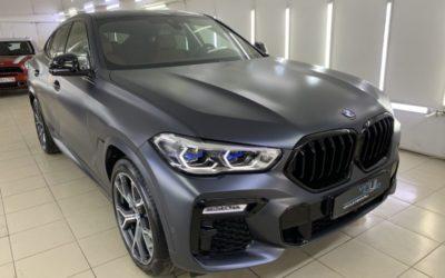 Новый BMW X6 — оклейка кузова прозрачной матовой пленкой Stek и целый комплекс работ