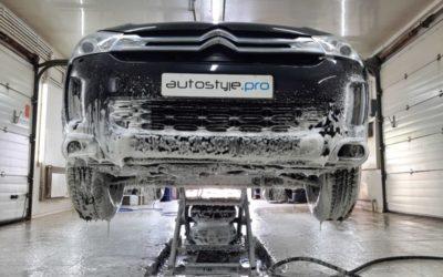 Профессиональная мойка днища, арок и подвески автомобиля Citroen C4