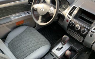 Перетяжка и шумоизоляция салона Mitsubishi Pajero Sport, замена ремней безопасности, полная химчистка