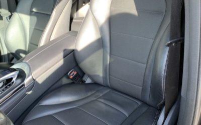 Mercedes GLC — перетянули центральную часть спинки водительского сидения под оригинал