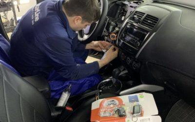 Mitsubishi ASX на установке бюджетного охранного комплекса СтарЛайн А93 и подключение видео регистратора к автосигнализации