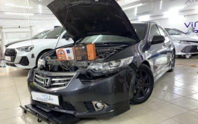 Honda Accord 2012 года — заменили штатные ксеноновые линзы на светодиодные bi-led модули