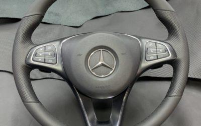 Перетянули руль от Mercedes ML полностью в натуральную кожу фабрики Wollsdorf