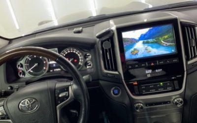 Toyota Land Cruiser 200 — дооснащение штатной мультимедийной системы блоком Android