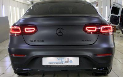 Mercedes GLC 300 — оклейка матовой пленкой, полный антихром, оклейка крыши в черный глянец, установка видеорегистратора