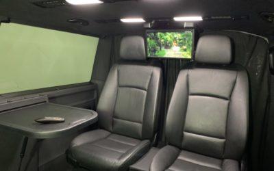 Volkswagen Caravelle — перетяжка салона, покраска пластиковых элементов интерьера, пошив ковриков, установка мультимедии