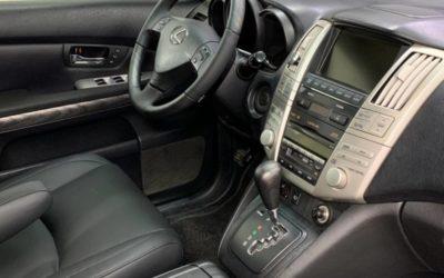 Lexus RX 350 — шумоизоляция салона, восстановление систем безопасности, перетяжка потолка, сидений, дверей, руля и подлокотников, аквапринт, покраска пластика