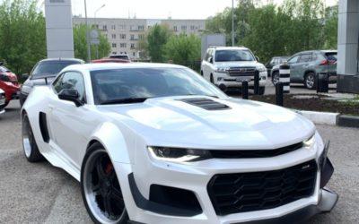 Chevrolet Camaro — оклейка перламутровой виниловой пленкой
