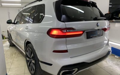 Тонировка стекол автомобиля BMW X7