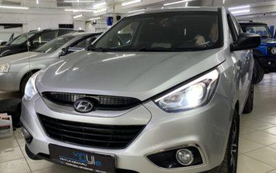 Hyundai IX35 — заменили штатные галогеновые линзы на bi-led модули, установили охранный комплекс StarLine A93 с GSM модулем