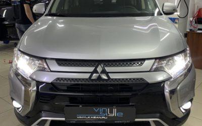 Mitsubishi Outlander — заменили штатные галогеновые линзы на bi-led модули Aozoom A3 max, заменили лампы в ПТФ на Led