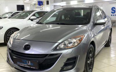 Mazda 3 — полировка кузова, нанесение керамики, перетяжка руля, покраска значков, бамперов и целый комплекс услуг