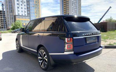 Range Rover Vogue — оклейка кузова, покраска молдингов и вставок, перетяжка потолка, покраска пластика и пошив ковриков