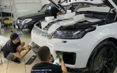 Бронирование полиуретановой пленкой кузова автомобиля Range Rover Sport и тонировка пленкой Stek