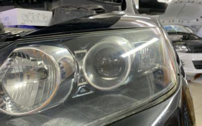 Mazda CX-7 2007 года выпуска — установили bi-led модули Aozoom A3 max и полировка фар автомобиля